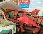 Vintage LINCOLN LOGS Playskool Set    Playset, building with Lincoln Logs, with instruction diagrams, no box, approx 112 pieces