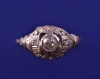 Platinum Art Deco Ring With Diamonds (725d)
