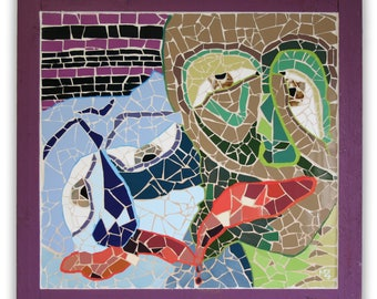 """Mosaic tableau with two faces or masks. Abstract art. Its title is: """"Friends forever""""."""