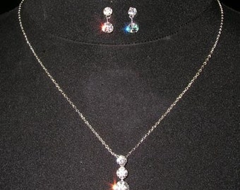 Style # 15015 - Past, Present, Future Necklace and Earring Set