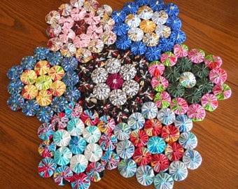 Large Yoyo Flower Trivet