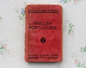 English Portuguese Dictionary - Garnier Pocket Dictionnaires - Vintage Books - Red