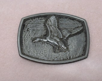 Antique Silver or Pewter Color die cast buckle Duck/Goose in flight