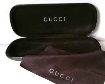 Vintage 80s Gucci Designer Sunglasses Glasses Carry Case & Cleaning Cloth. Hard Clam Shell Spectacle Frames Holder.