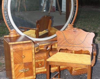 Art Deco Waterfall vanity & Stool