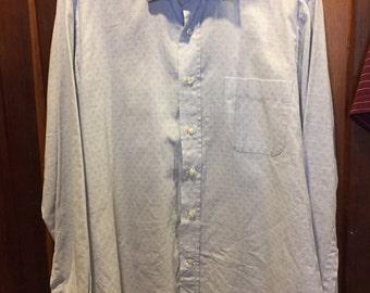 1990S // GUISEPPE LEVA // 100% Cotton Light Blue Button Down