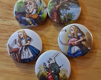 Alice in Wonderland: Set of 5 25mm button badges inspired the classic book.