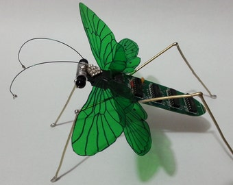Metalic & electronic insect !