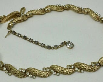 Necklace choker Crown Trifari gold plated rhinestones