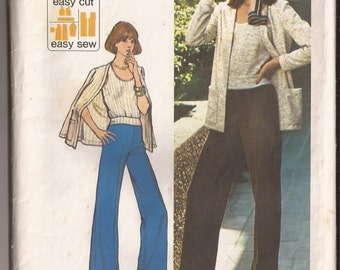 Simplicity Jiffy 6497 Misses' Knit Top, Pants, Unlined Cardigan. Size 12, bust 34 Vintage 1974