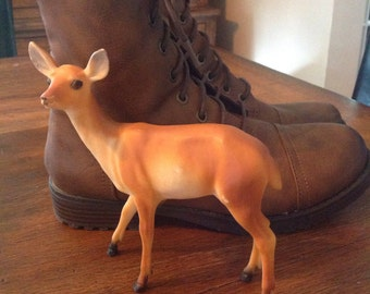 Vintage Plastic deer.....fall or Christmas decor...Good condition.....doe