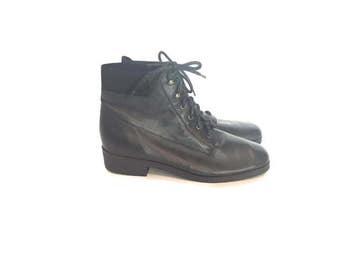 Vintage Black Ankle Boots / size 8.5