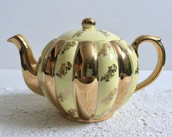 Yellow Vintage Gibson Rose Teapot