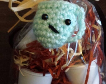 Crocheted Coffee (or tea) Cup Keychain with Keurig cups