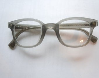 Nice American Optical Men's 1950s Glasses
