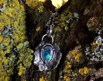 "Contemporary pendant ""Destiné"" - Australian opal and sterling silver"