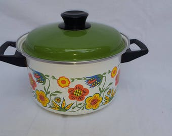 Vintage 1970's Enamel Flower Cooking Pot