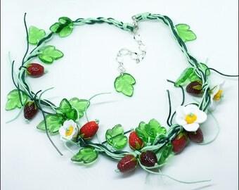 Strawberry necklace  - Great boho nature necklace - Lampwork berries bijou - Garden strawberry jewelry