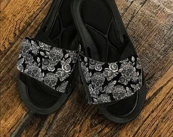 Skulls and Roses Slides_customize these slides anyway you would like