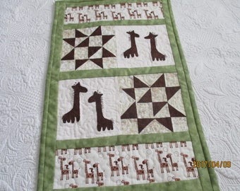 Gerry Giraffe wall quilt.