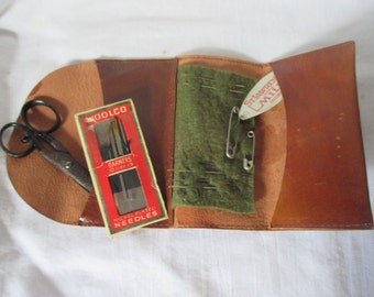 Antique Leather Purse Handbag sewing Kit Small Wallet size travel sewing scissors needles thread threder