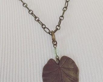 Natural Brass Leaf Pendant Nacklace