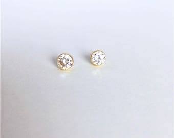 14K solid gold sparkle cubic zirconia solitaire 5mm bezel earrings, bezel stud earrings, round brilliant 1/2 ct CZ ear stud BELCZ-SE1014