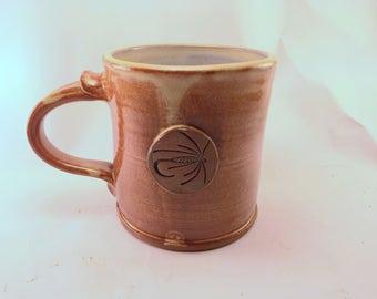 Wet Fly Mug, Glazed Cream Breaking Rust