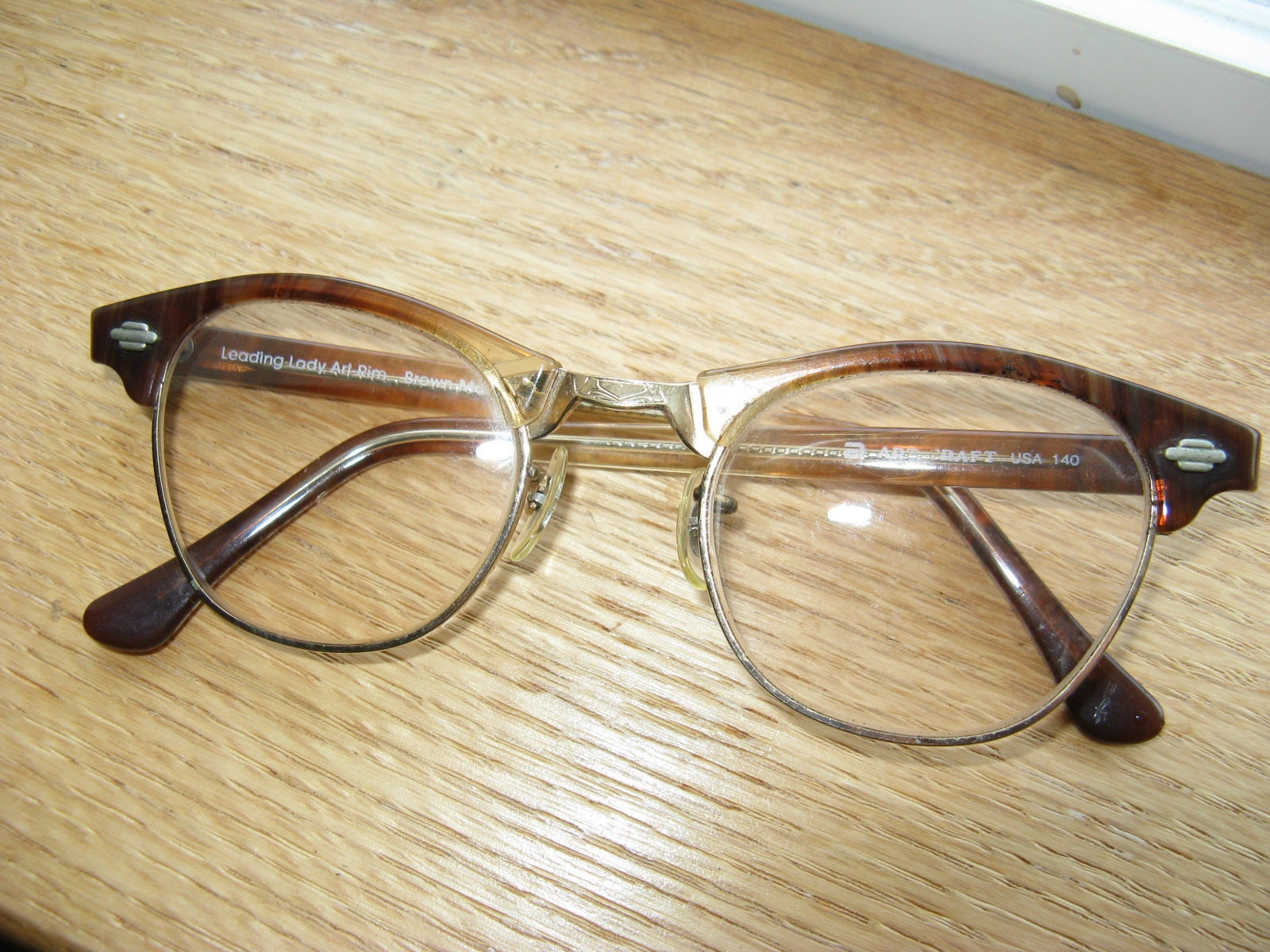 15d1841b20c Vintage Cat s Eye Brown Marble Color   Gold Filled  Eyeglass Frames
