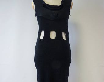 Exceptional black linen dress, M size. Very sexy look.