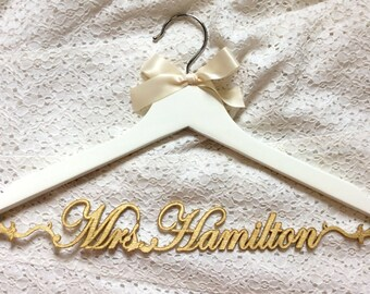wedding dress hanger,Mrs hanger,Personalized Hanger,Custom hanger