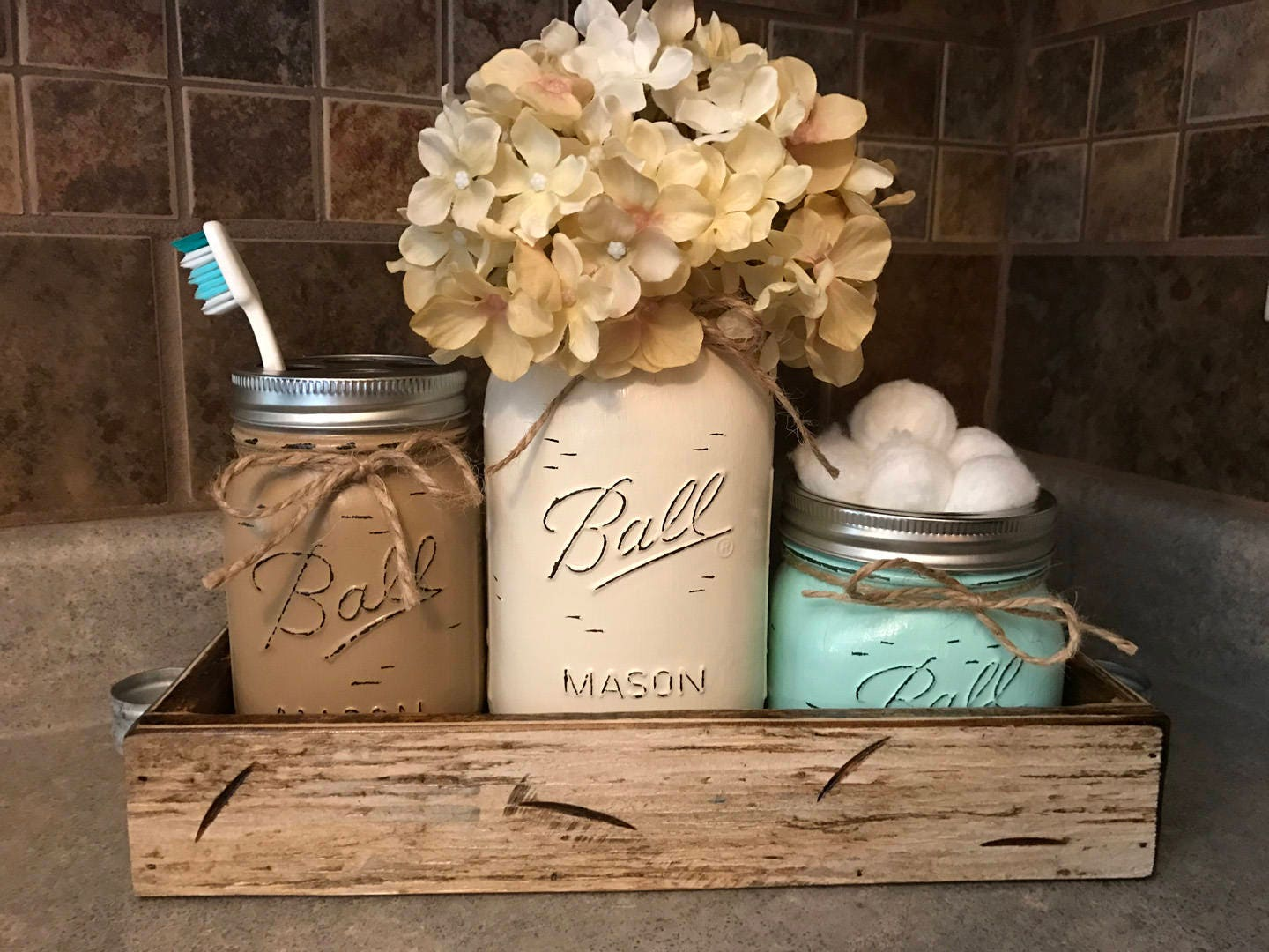 MASON Jar Bathroom SET In Antique White TRAY, Toothbrush Holder, Quart  Vase, Short Pint Cotton Ball Jars, Painted Distressed Counter Decor