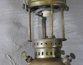 Brass Tilley Lamp