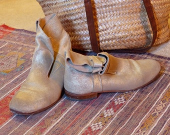 The guardiane Golden leather boots size 37