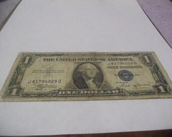 1935 B 1 Dollar bill Silver Certificates