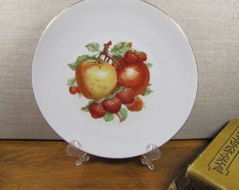 Bareuther - Waldsassen - Fruit Plate - Apples and Strawberries - Gold Accent - Smooth Rim - Made in Bavaria, Germany