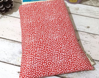 Red Flurry Book Protector, Hardback Book Cover, Large Book Buddy, Book Lover Gift, Handbag Accessories, Spotty Hardback Sleeve, Bookish Gift