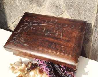 Vintage wooden retro jewelry box,  and hand carved box, brown box, oriental, ethnic, Memory Box, wooden container