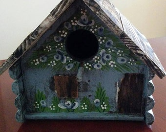 Chippy/Shabby Chic/Birdhouse