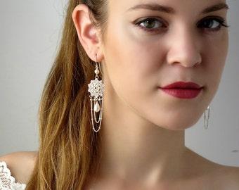 Silver wedding earrings, Silver chandelier earrings, Silver pearl earrings, Long silver earring, Silver chain earrings, Pearl bridal earring