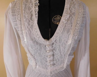 Vintage Gown Wedding Gown Boho Chic Bohemian 1970s White Gown