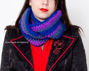 Crocheted infinity scarf CUSTOM with colors of your choices