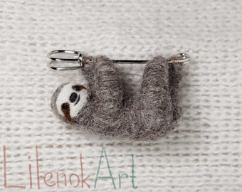 Sloth brooch, Felt brooch, Felt sloth pin, Hanging Sloth, Cute Sloth jewelry, Made to order