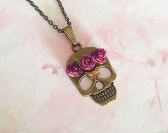 Necklace pendant skull purple flowers