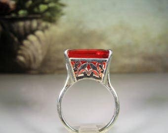 Sterling Silver Ring, Red Glass Ring, Art Deco Basket Setting, Princess Cut Ring, Statement Ring, Large Red Ring, Vintage Ring – Size 8.75
