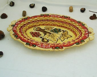 Vintage Wooden Pyrography Dish- Wooden Pyrography Tray- Pyrography Wooden Plate- Hand Painted Fruits - Burned Wood- Table Decor -Handmade