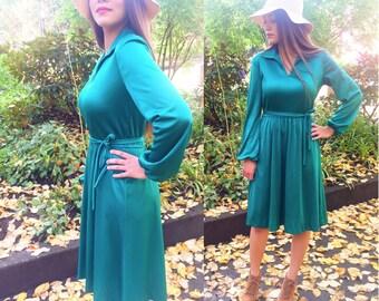 Sale! 1970s Vintage, Women's Dress // Emerald Green Secretary Dress, Size Medium