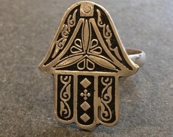 Silver ring - Hand of Fatma - kaff - khamsa - Handmade in Cairo