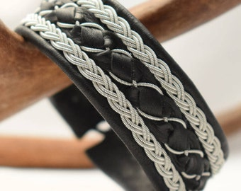 Swedish Sami Bracelet of pewter thread with 4 % silver, and reindeer leather - TOR