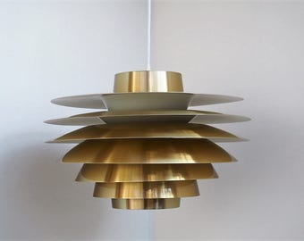 Rare Verona pendant in brass, Danish design from Sven Middelboe for Nordisk Solar, 1980s